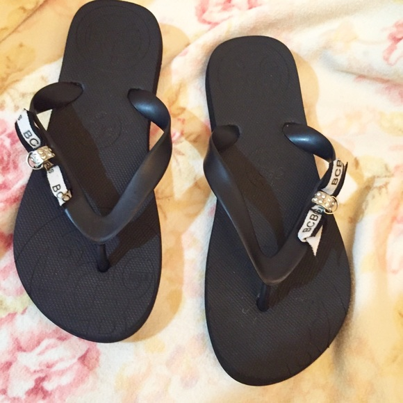 cab2653170be9b BCBG Shoes - 🔥NWOT. SUPER CUTE BCBG Flip Flops Size 7